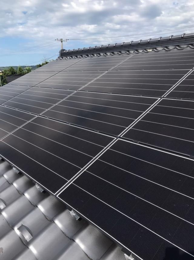 太陽光発電と蓄電池で電気代削減を実現!!